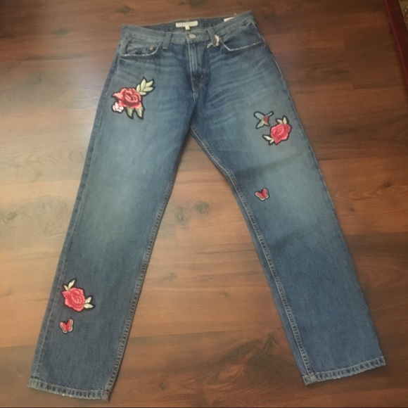 Joie Denim - NWOT-Joie Jeans with floral embellishments